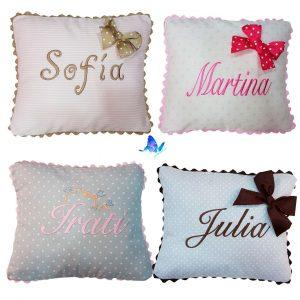 Almohada niñas con nombre
